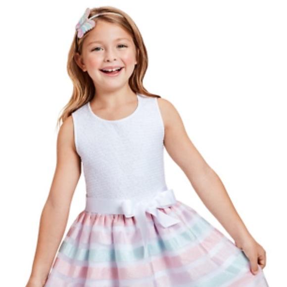 14- Sleeveless Pleated Dress, Whisper Pink